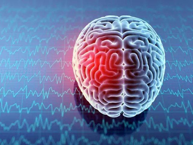 خطر ابتلا به سرطان مغز در صورت داشتن تعداد سلول های مغزی بیشتر