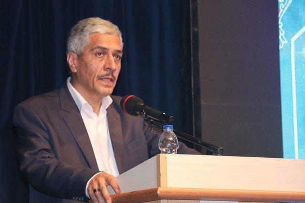 نظر لاریجانی برای انتقال آب دریای خزر به سمنان مثبت است