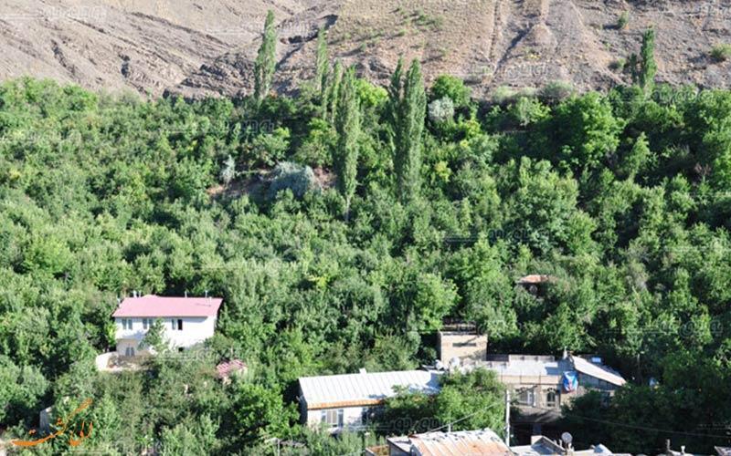 روستای زشک در مشهد، روستایی برای تمام فصول!