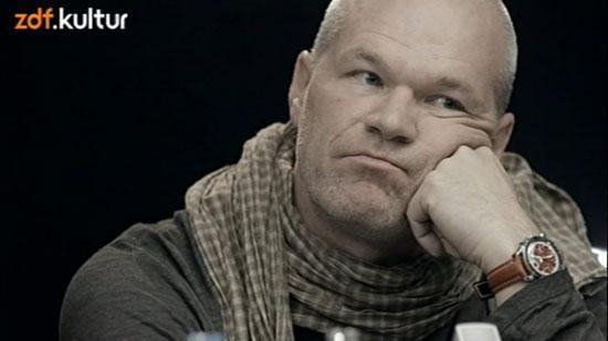 بدترین کارگردان جهان بازنشسته شد