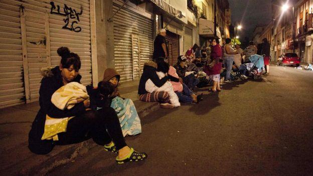 افزایش قربانیان زمین لرزه مکزیک به 32 نفر ، هشدار سونامی در آمریکای مرکزی
