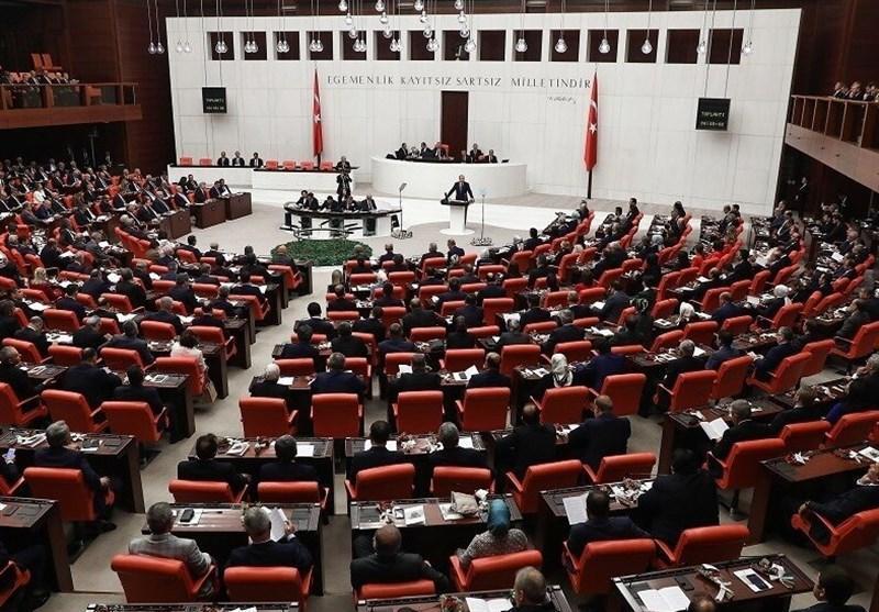 مجلس ترکیه توافق نظامی و امنیتی با لیبی را تصویب کرد، توقیف کشتی ترکیه ای در دریای مدیترانه