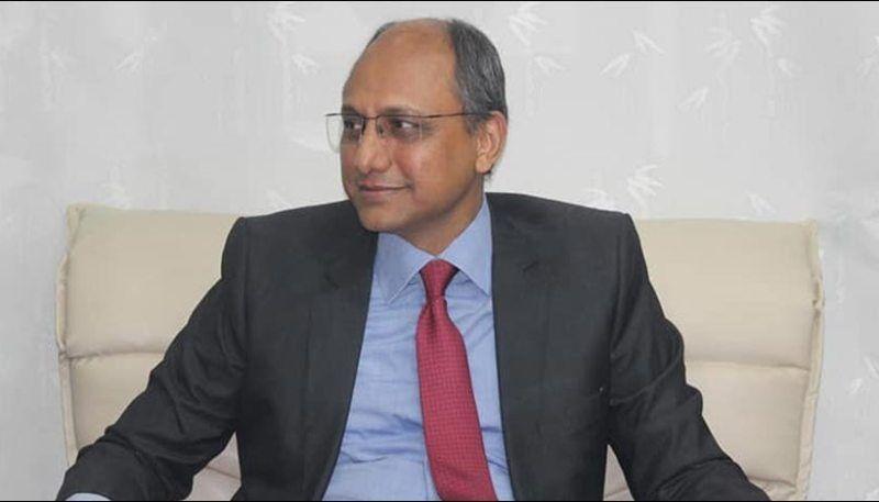 وزیر پاکستانی به کرونا مبتلا شد