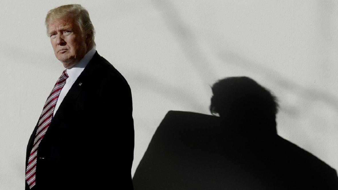 سفیر سابق آمریکا در ریاض: تصمیم ترامپ نقش چین در جامعه جهانی را پررنگ تر می کند