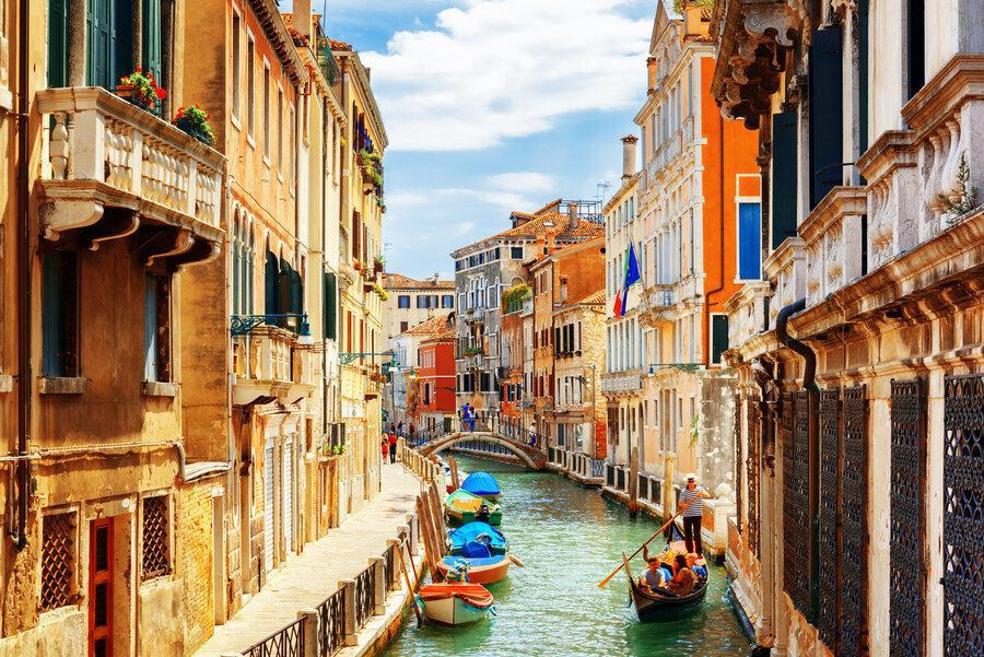 ممنوعیت ورود گردشگران به ایتالیا تکذیب شد