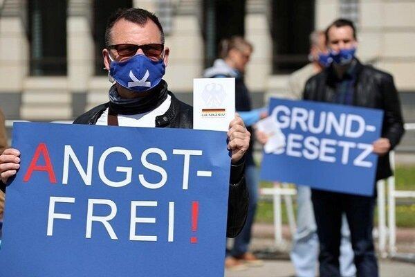 آلمان ها باز هم علیه دولت به خیابان ها ریختند