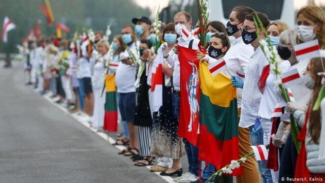 زنجیر انسانی کشورهای بالتیک در حمایت از معترضان بلاروسی