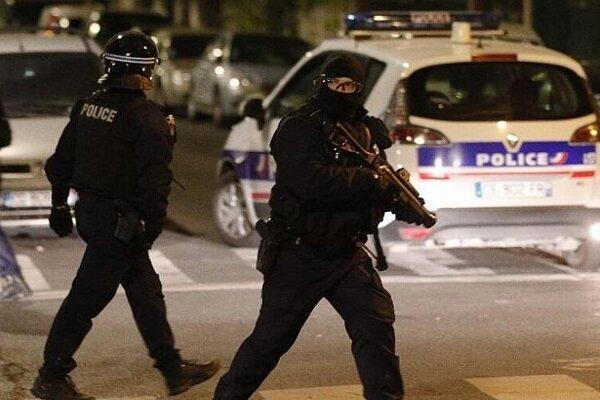 زخمی شدن دو افسر پلیس در فرانسه