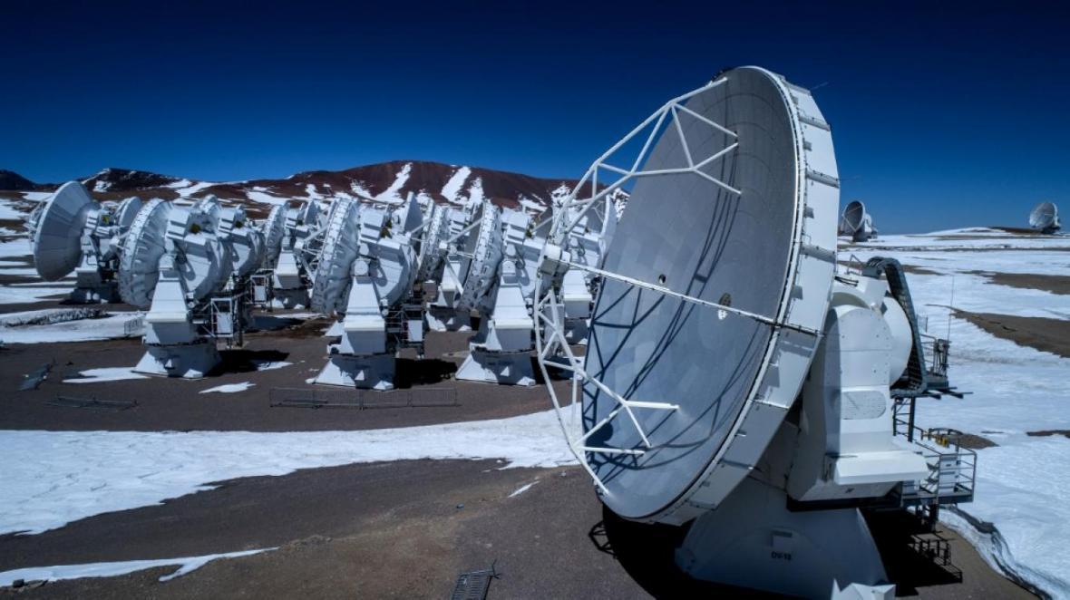 ساخت تلسکوپ مایع روی کره ماه!