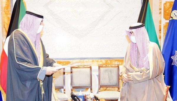دولت کویت کناره گیری کرد