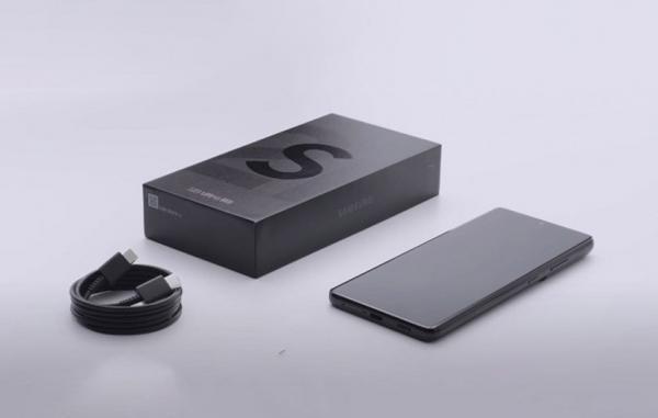 سامسونگ شارژر و هدفون را از جعبه سایر گوشی های گلکسی هم حذف می نماید
