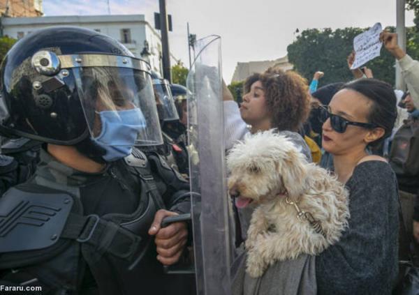 (تصاویر) درگیری معترضان با نیروهای پلیس تونس