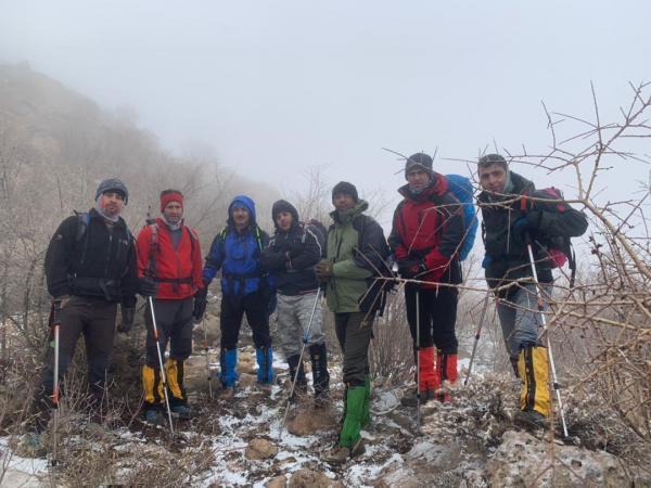 صعود کوهنوردان پالایشگاه گاز ایلام به ارتفاعات مانشت