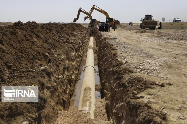 خبرنگاران نماینده آستارا از تعهد یک خیّر برای تامین هزینه طرح های آب اطلاع داد