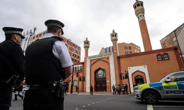 خبرنگاران مقدمه چینی دولت انگلیس برای عادی سازی تنفر علیه مسلمانان