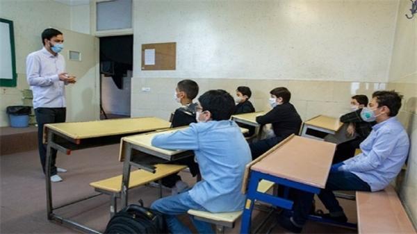 آمادگی آموزش و پرورش برای بازگشایی مدارس استان همدان در سال تحصیلی تازه