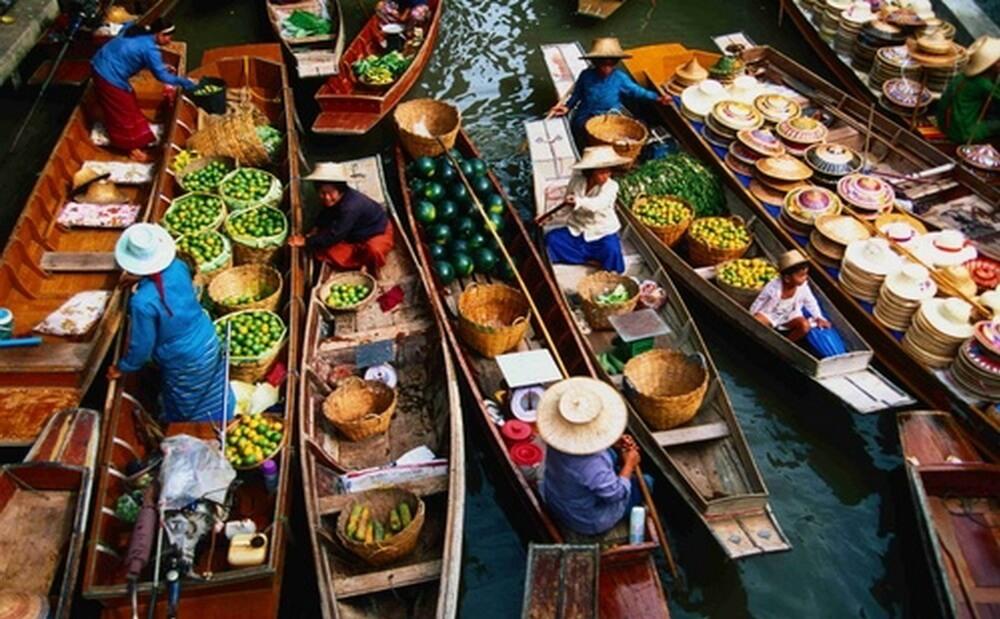 بازار شناور آمفاوا تایلند