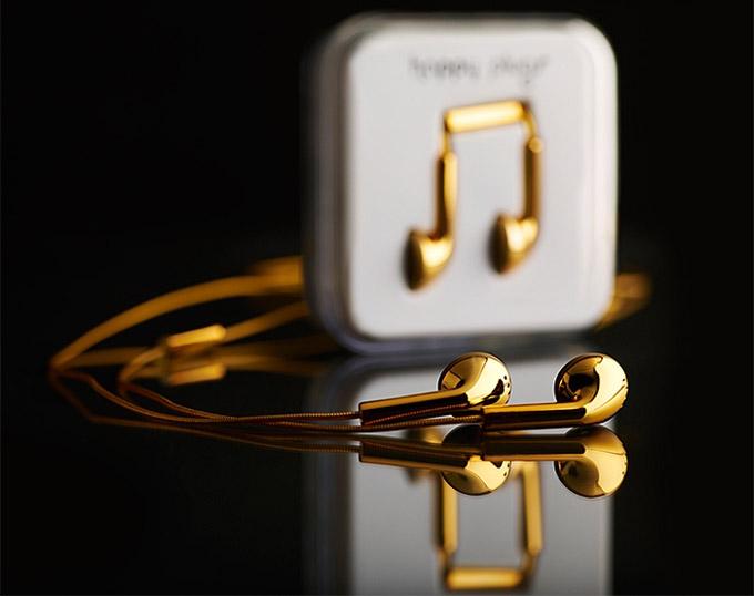 معرفی هدفون happy plugs از طلای 18 عیار