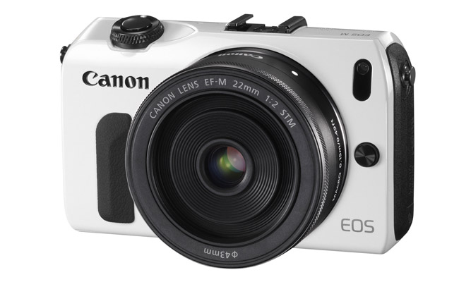 بررسی دوربین دیجیتال بدون آینه Canon EOS M